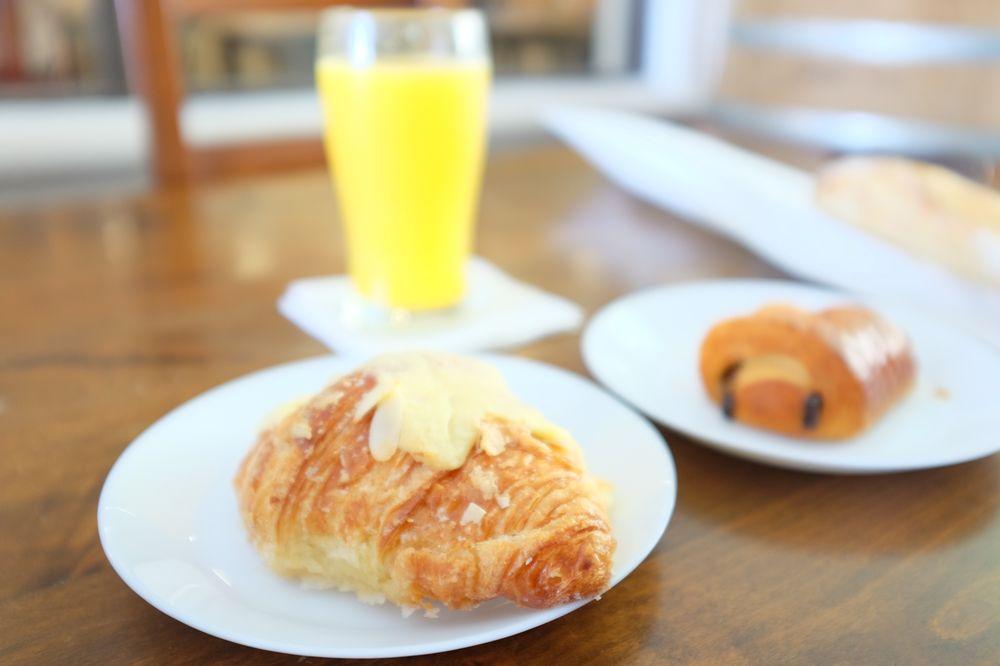 Nanou French Bakery & Café