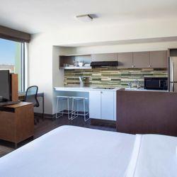 Element Boston Seaport District - 103 Photos & 63 Reviews - Hotels