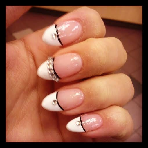 Stiletto Nail Salons Los Angeles: French Tip Stiletto Acrylics With Black Accent Line And