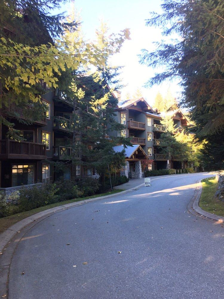 Lost Lake Lodge