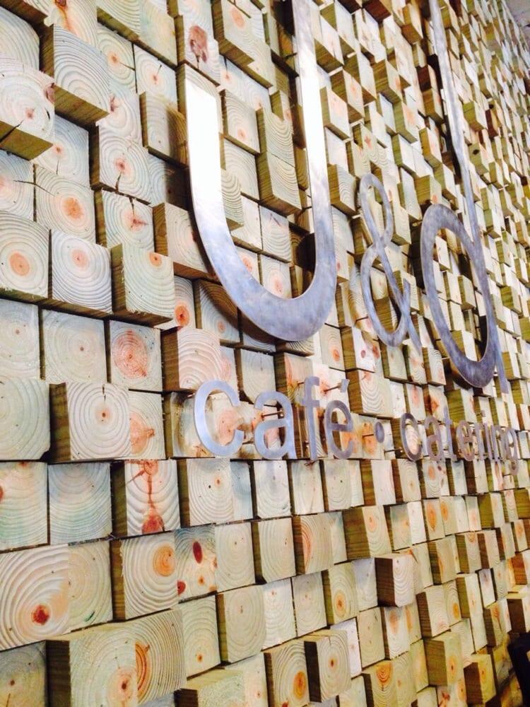 J&D Cafe: 254 Peterson Ave S, Douglas, GA