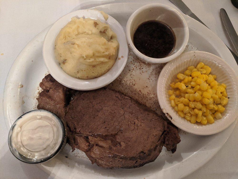 Excalibur Steakhouse: 607 Main St, Regent, ND