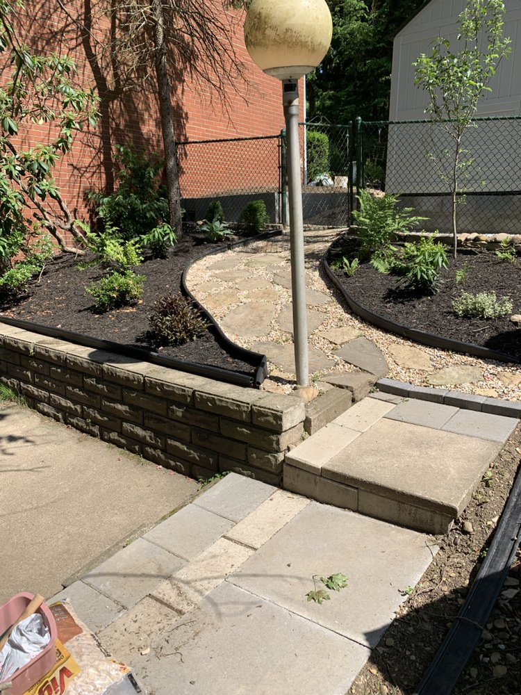 Stef's Yard Work and Landscaping: Pittsburgh, PA