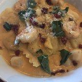 Olive garden italian restaurant 128 photos 122 reviews italian 630 e rand rd arlington for Olive garden lobster ravioli recipe