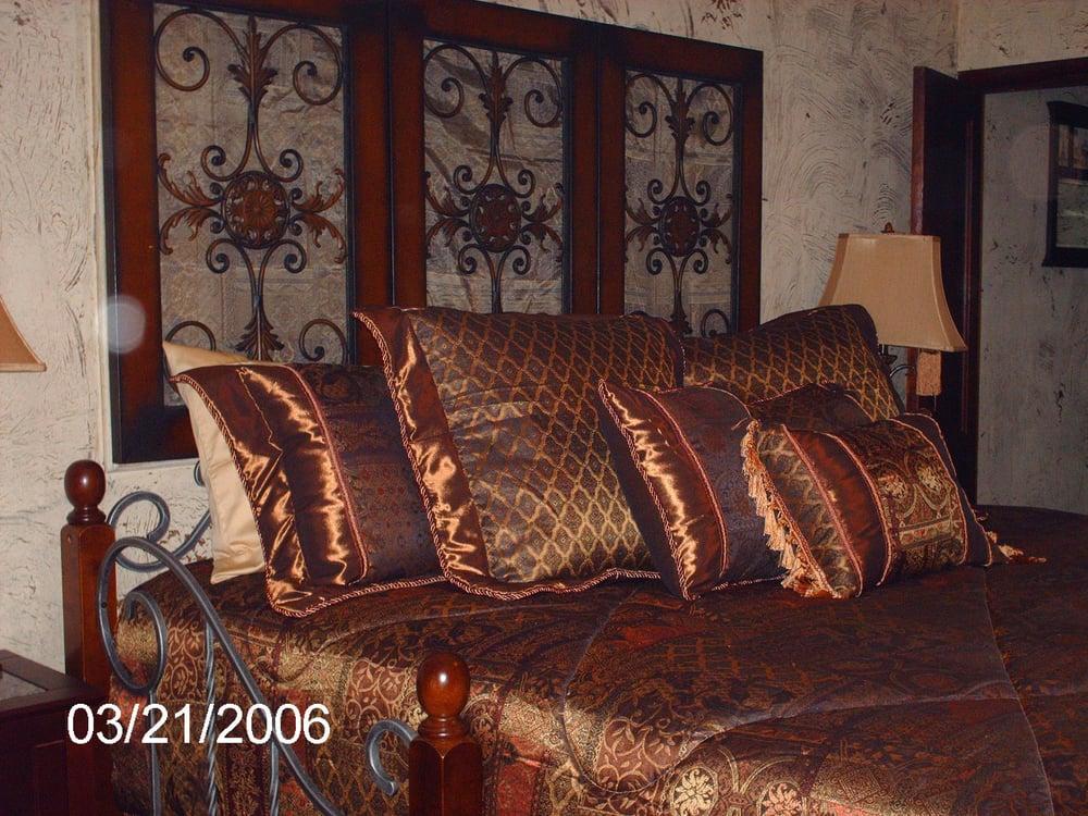 Hillside Cottages: 975 Sunnyside Ave, Missouri Valley, IA