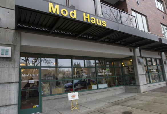 mod haus s clothing 812 columbia st vancouver