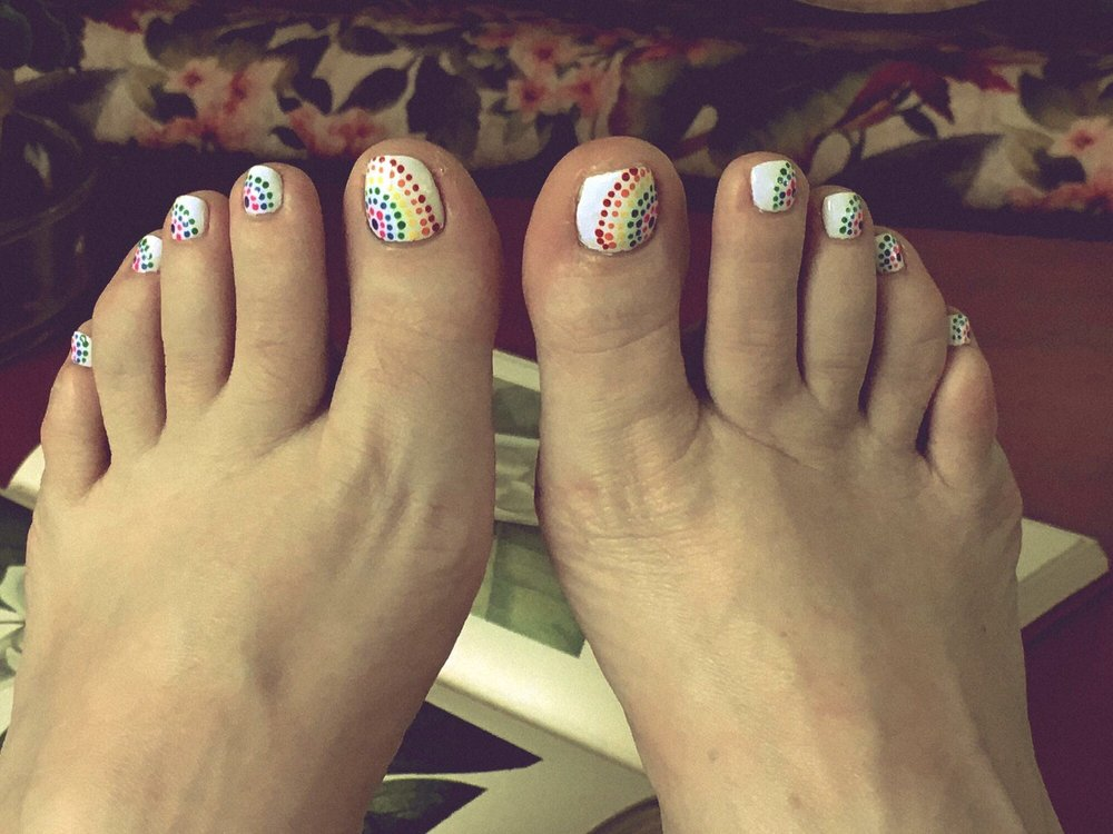 Bella Vida Salon - I love my toes!! - Yelp