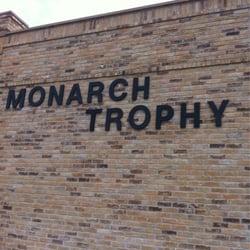 Monarch Trophy logo