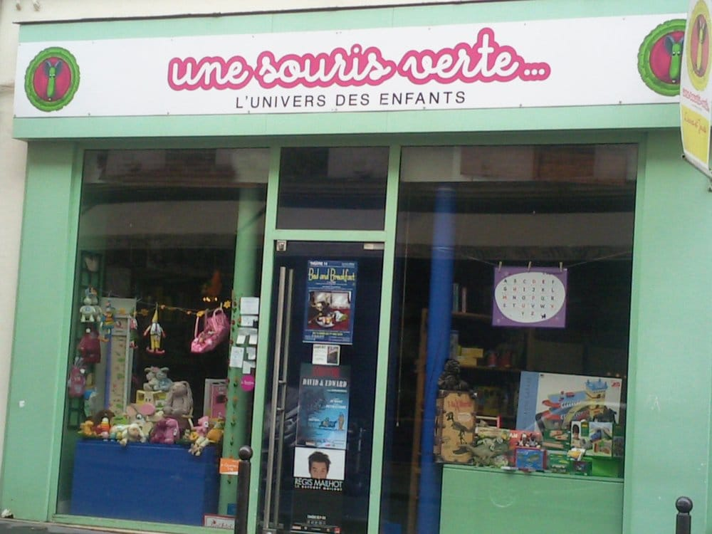 une souris verte closed toy shops 10 rue notre dame. Black Bedroom Furniture Sets. Home Design Ideas