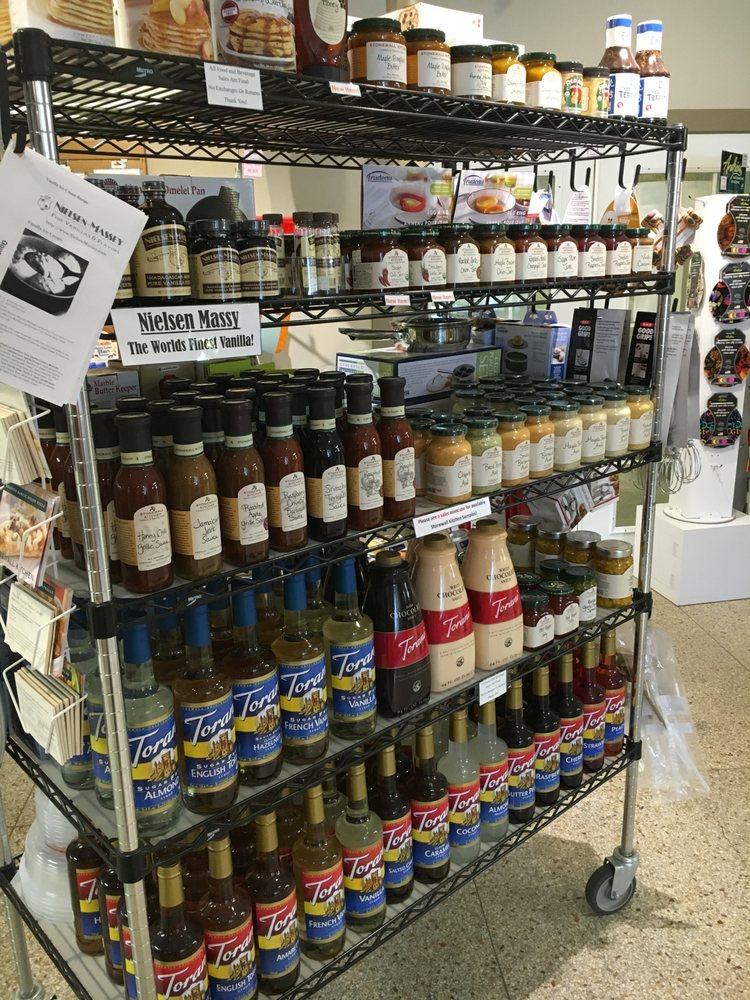 Gourmet Chef: 122 Main St S, Minot, ND