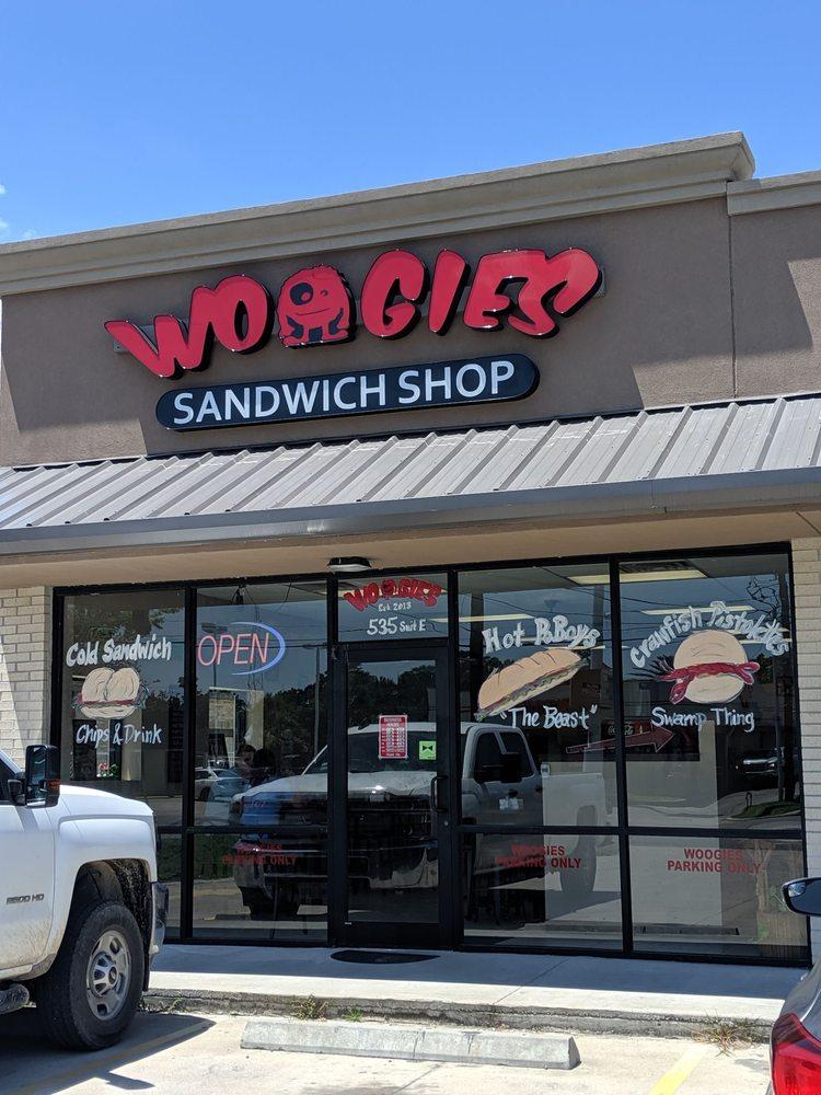Woogie's Sandwich Shop: 535 N Main St, Vidor, TX