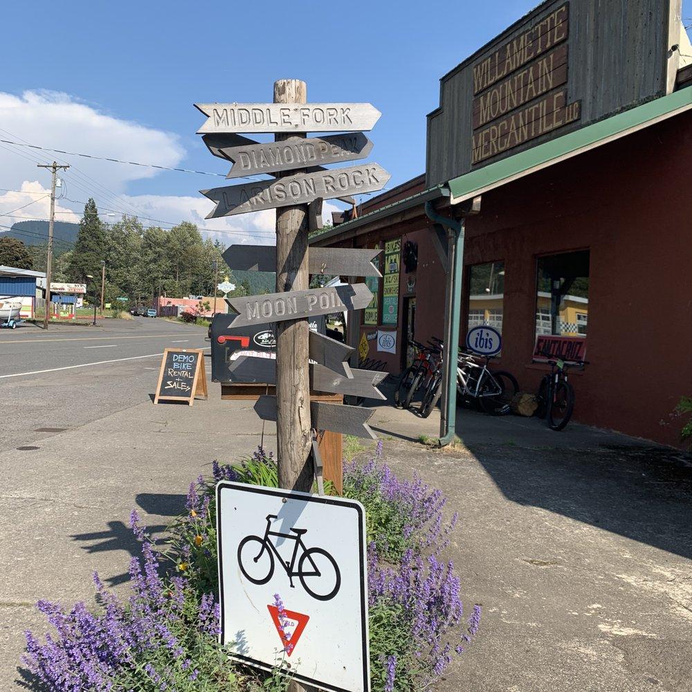 Willamette Mountain Mercantile: 48080 Hwy 58, Oakridge, OR