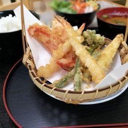 Sakura Sushi Bar Anese Cafe