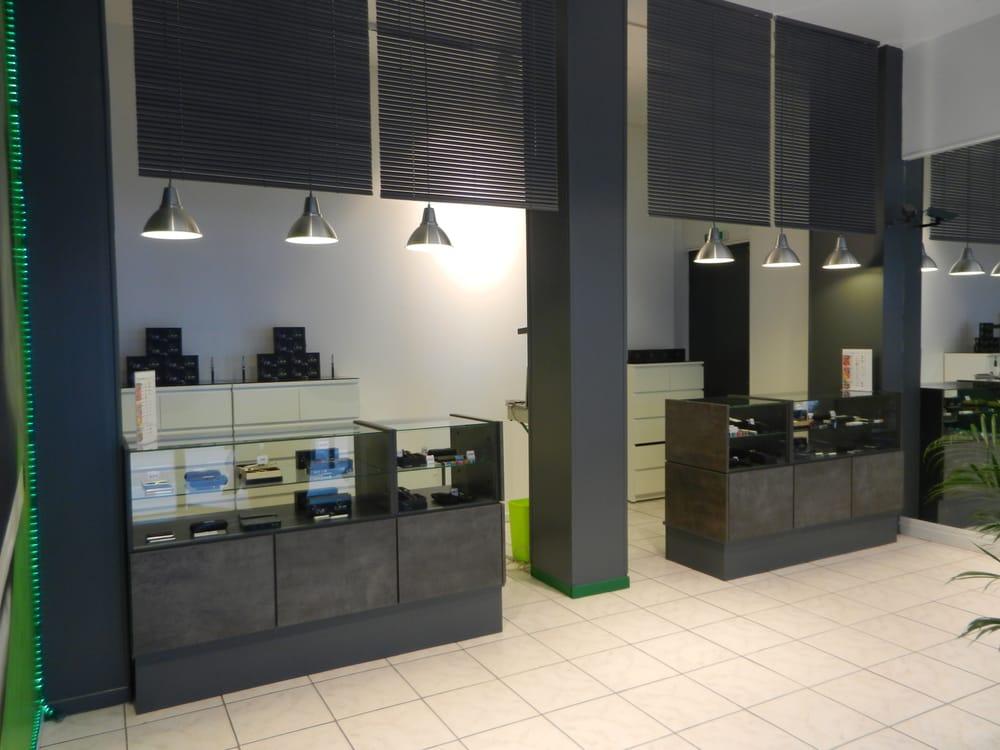 cigaverte bureaux de tabac 58 cours lafayette 3 me arrondissement lyon france num ro de. Black Bedroom Furniture Sets. Home Design Ideas