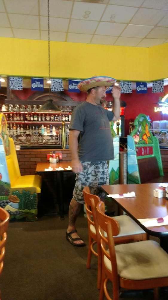 Barajas Mexican Grill: 1323 3rd St, International Falls, MN