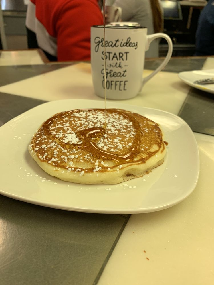 J C Breakfast And Lunch: 914 CO-133, Carbondale, CO