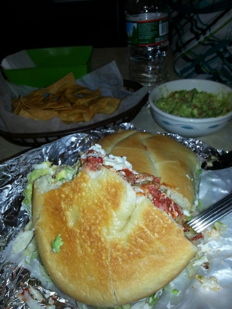 La Villita Bakery and Restaurant: 587 Main St, Edwardsville, PA