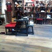 Dr. Martens - Magasins de chaussures - 47 rue du Faubourg Saint ... cee0bbd15e71