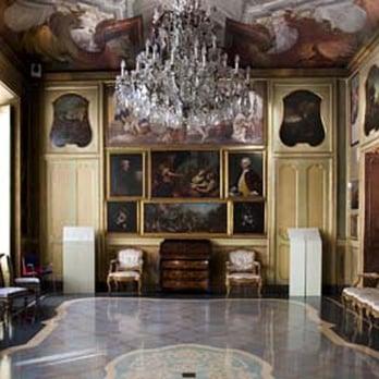 Palazzo morando 36 photos landmarks historical for Palazzo morando
