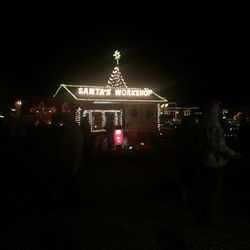 Overly's Country Christmas - Festivals - 116 Blue Ribbon Ln ...