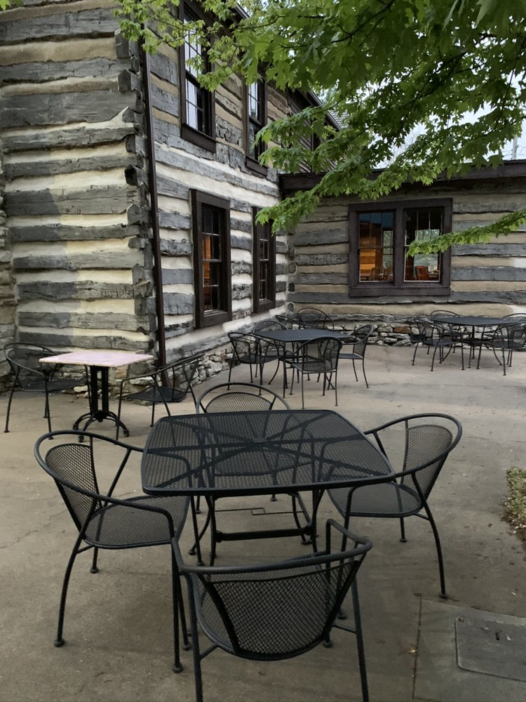 LaChance Winery of Kimmswick: 6035 Second St, Imperial, MO
