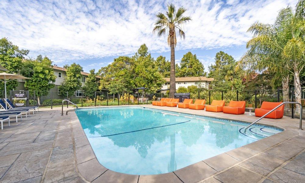 Parker Palo Alto Apartments: 1094 Tanland Dr, Palo Alto, CA