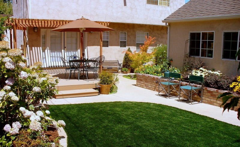 Multi level backyard - Yelp