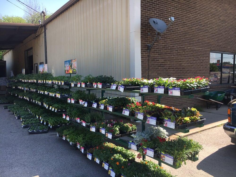 Somerville Farm Supply: 17085 US Hwy 64, Somerville, TN