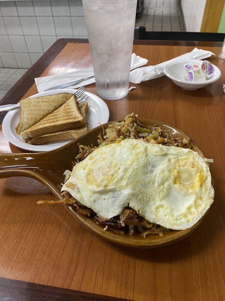 Sunrise Family Restaurant: 400 S Main St, Cassville, MO