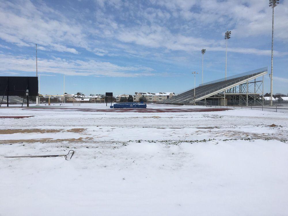 Lee Hedges Stadium: 6115 E Kings Hwy, Shreveport, LA