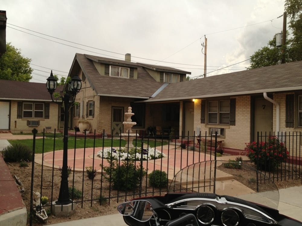 Crest Motel: 516 S Division Ave, Sterling, CO