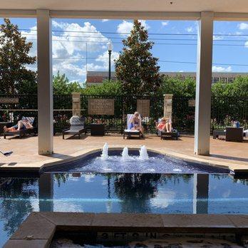Hotel Indigo Waco - Baylor - 211 Clay Ave, Waco, TX - 2019
