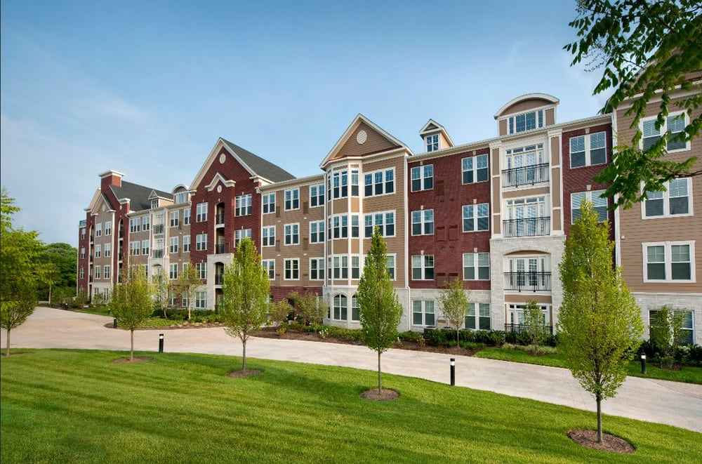 Westchester Rockville Station Apartments - 31 Photos & 11 ...