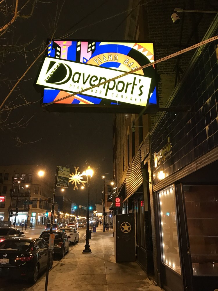 Davenport's: 1383 N Milwaukee Ave, Chicago, IL