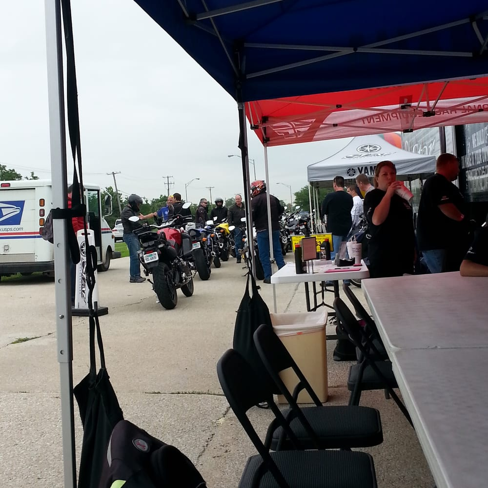 Highlands yamaha 15 reviews motorcycle dealers 5320 for Yamaha motorcycles dealers near me