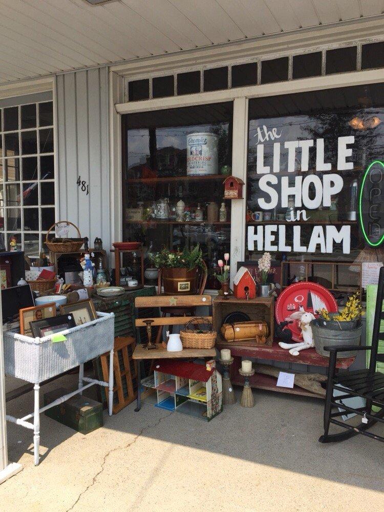 Dee's Little Shop In Hellam: 481 E Market St, Hallam, PA