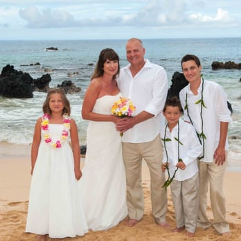 Photo Of Maui Wedding Adventures Kihei Hi United States The Regnier Family