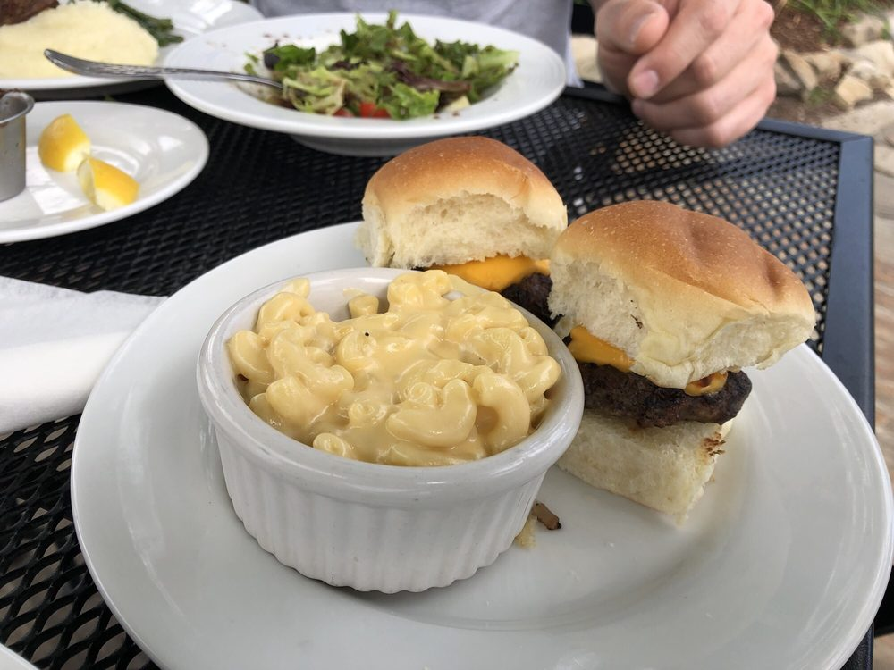 Cafe 7: 1400 Patten Rd, Lookout Mountain, GA