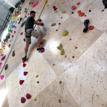 Brooklyn Boulders - 91 Photos & 128 Reviews - Rock Climbing - 100 ...