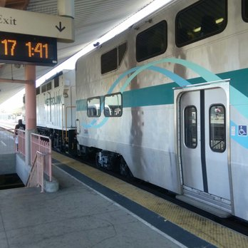Metrolink 68 Photos 218 Reviews Trains 900 Wilshire Blvd