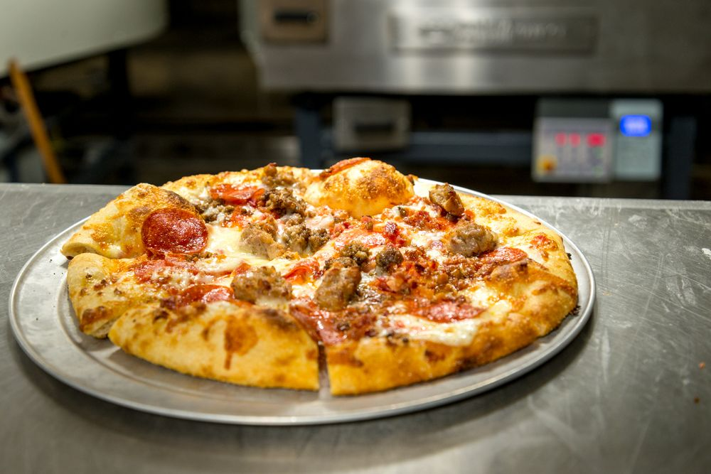 Cherokee Brewing and Pizza: 207-B W Cuyler St, Dalton, GA