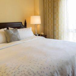 Photo Of Renaissance Charlotte Suites Hotel Nc United States Executive Suite