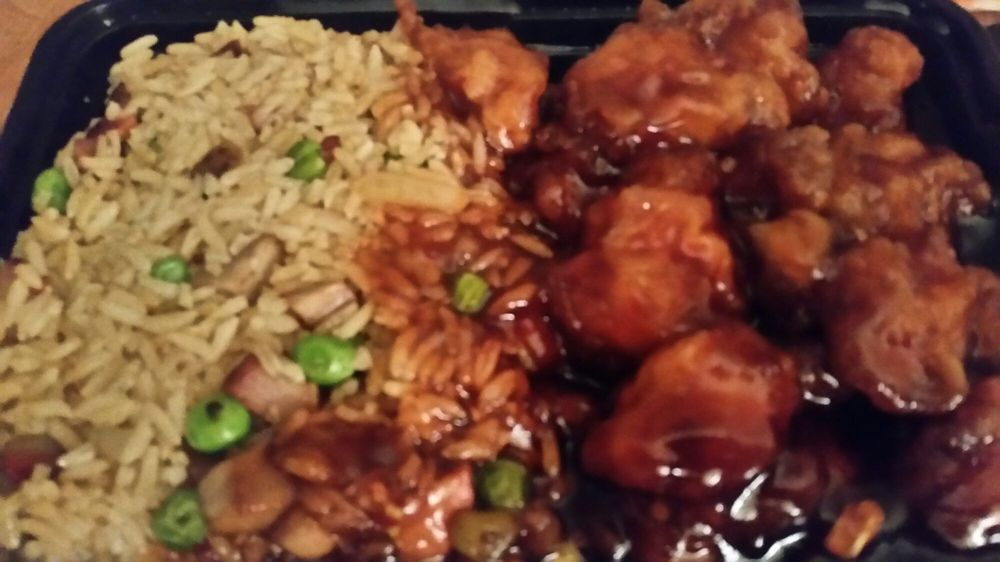 Chinatown Chinese Restaurant: 229 S White Horse Pike, Berlin, NJ
