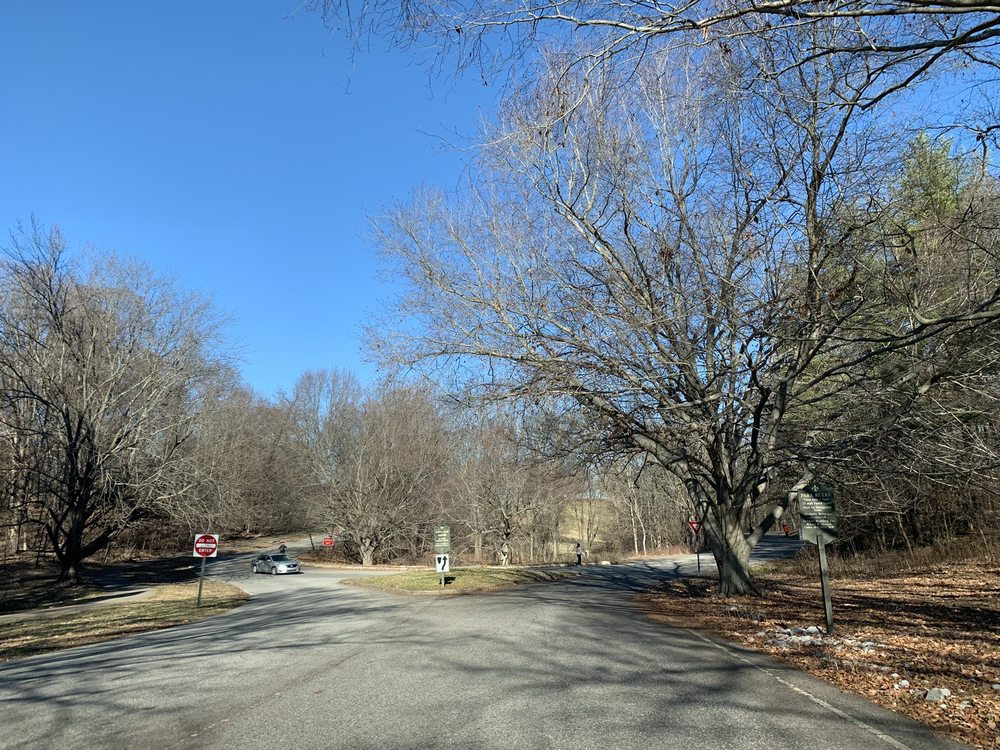 Cherokee Park: Willow Ave And Cherokee Pkwy, Louisville, KY