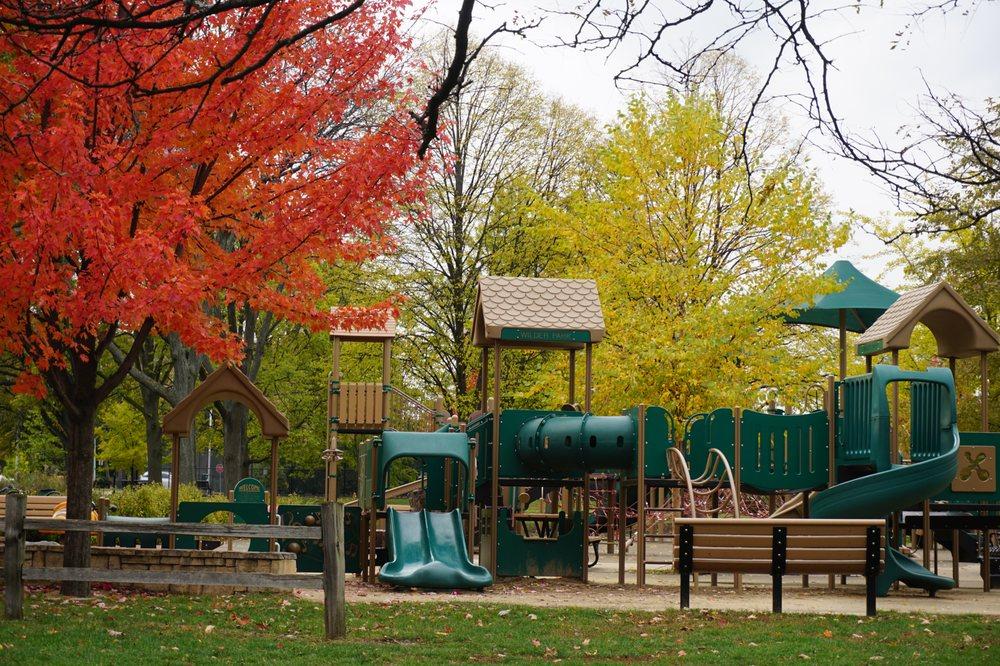 Wilder Park: 175 Prospect Ave, Elmhurst, IL