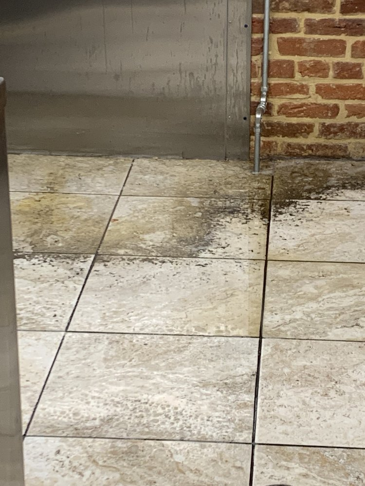 Q's Floor Care: Lancaster, PA