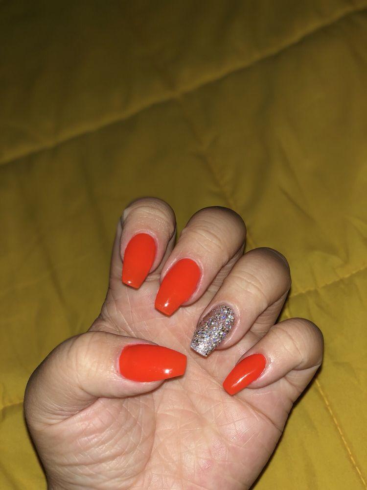 Elegant Nails: 1594 W Government St, Brandon, MS