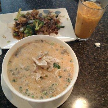 Angel thai cuisine 100 photos 214 reviews thai for Angel thai cuisine riverside ca