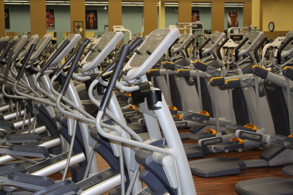 Global Health & Fitness: 3806 Elm Rd, Warren, OH