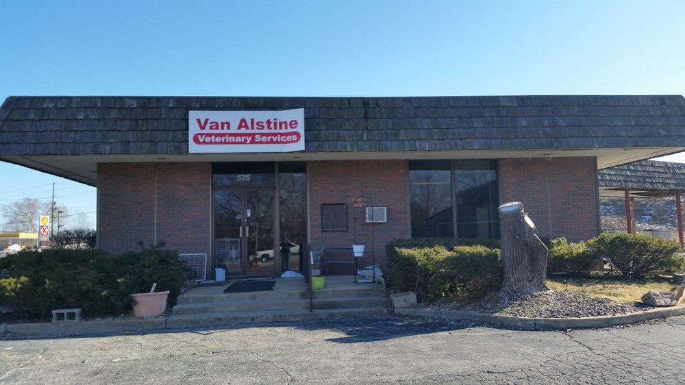 Van Alstine's Veterinary Clinic: 575 Jeffco Blvd, Arnold, MO